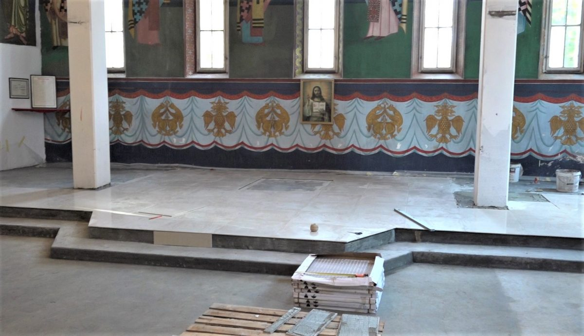 Ruska crkva novi pod