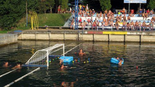 belocrkvanske igre na vodi
