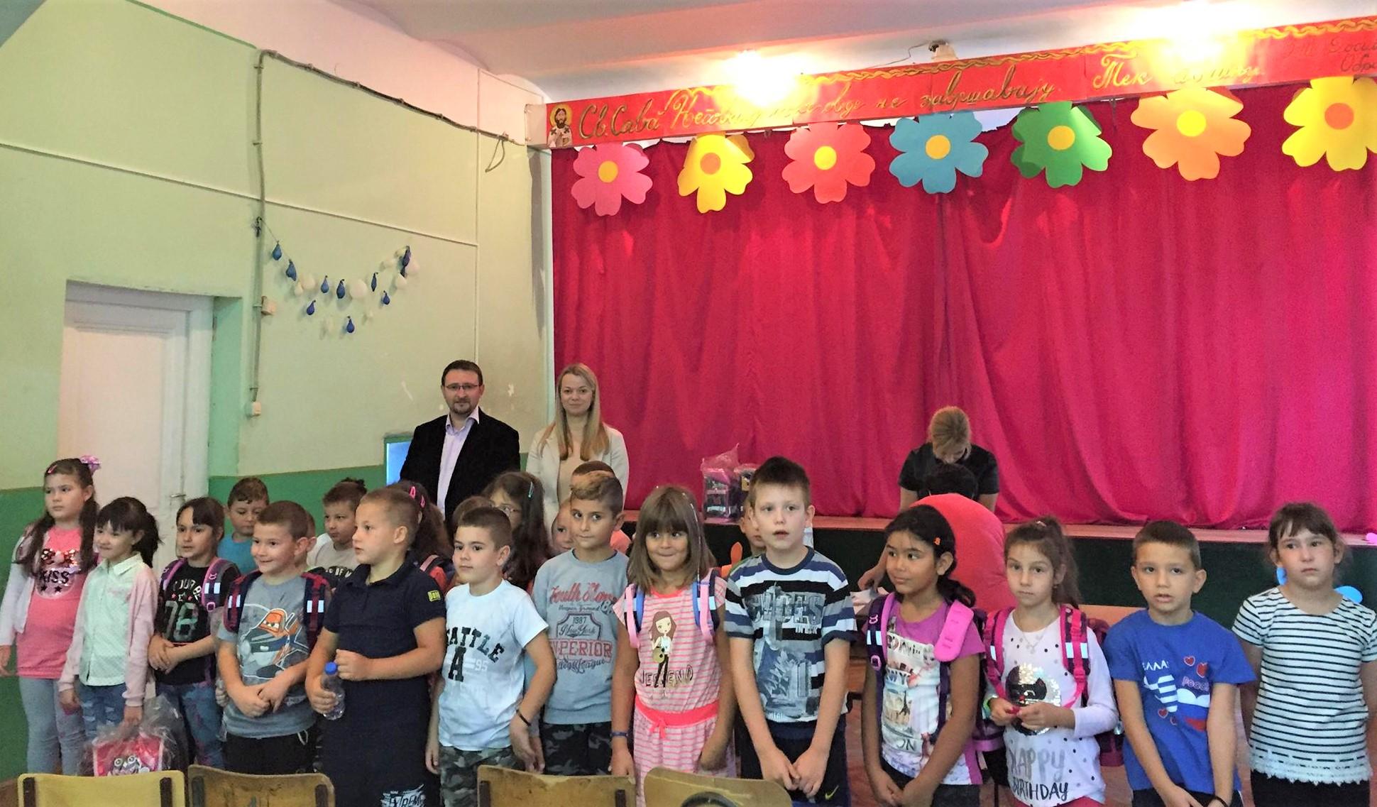 Milica Uljmanski pokloni za djake prvake