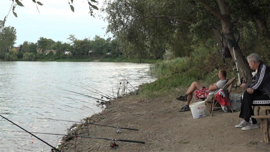 Bela-Crkva-jezero-pecarosi